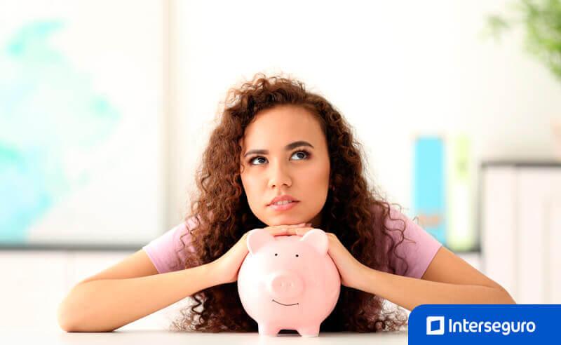 Ahorro e inversión: asegura tu futuro económico